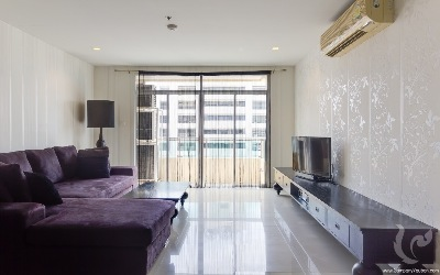 Beautiful and Spacious 2 Bedrooms Condo For Rent - BTS Nana