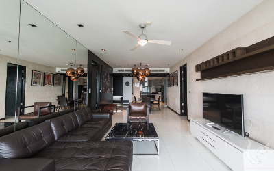 Luxurious  and spacious 3 Bedrooms Condo For Rent - BTS Asoke, MRT Sukhumvit