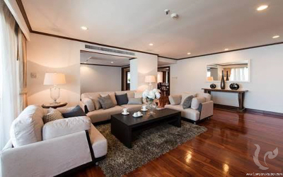 Bright spacious 3 Beds +Study For Rent - BTS Asoke