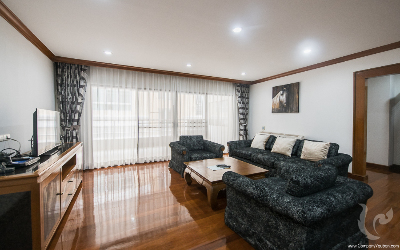 Beautiful and Spacious 3 Bedrooms +Maid /For Rent - BTS Phrom Phong
