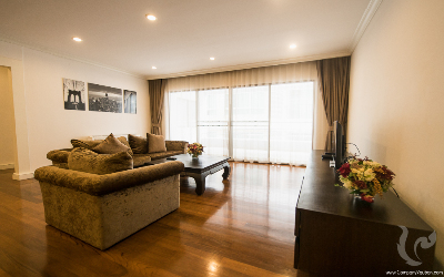 299-3bdr-sara2, PET ALLOW !! Beautiful 3 Bedrooms+ maid/  For Rent + Pet-Friendly -BTS Phromphong
