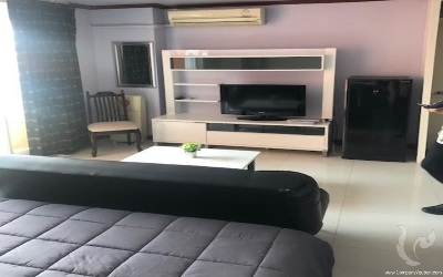 Compact, modern living in Studio For Rent - BTS Nana