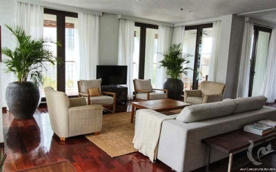 Luxurious and spacious 4 Bedrooms For Rent - BTS Surasak