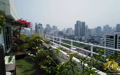 HIGH RISE !! PENTHOUSE PHROMPHONG