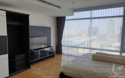 HIGH RISE@MAKKASAN MODERN 2 Bedroom