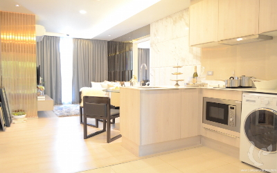 2 bedroom unit in tranquil oasis