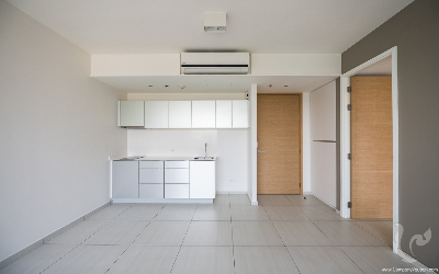 1 Bedrooms Condo For Rent / For Sale-BTS Ekkamai