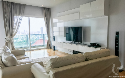 Luxury 3 bedroom condo in prime area of Asoke