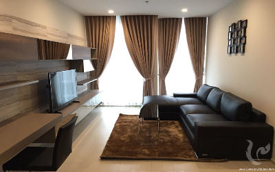 Condominium 1ch Ploenchit - Bangkok