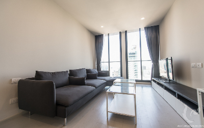 High Rise !!! Comfortable 2 Bedrooms For Rent -BTS Ploenchit