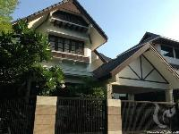 4 bdr Villa for rent in Bangkok - Phrom Phong