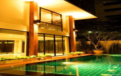 Single House with Swimming Pool in Sukhumvit 34@26