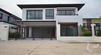 3 bdr Villa Bangkok - Ramkhamhaeng