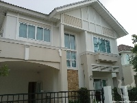3 bdr Villa for rent in Bangkok - On Nut