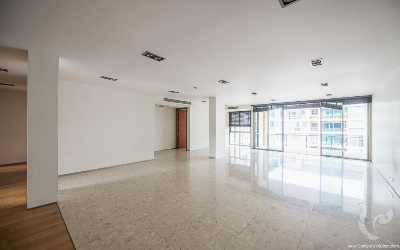 Gorgeous 3 Bedrooms Condo For Rent - BTS Phakanong