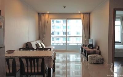 Spacious 1bdr condominium close to BTS Nana