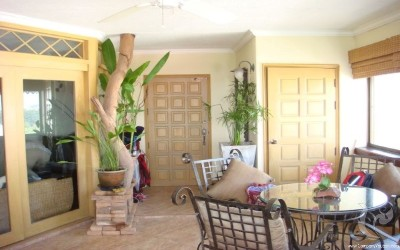 Charming Condominium for Sale with Nice Terrace (Prime Location!)