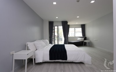 Modern Furnished Condo Near CMU ( Suthep, Chiang Mai )