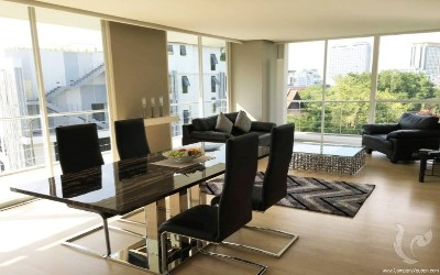 Luxurious Condo for sale close to the heart of Chiang Mai City