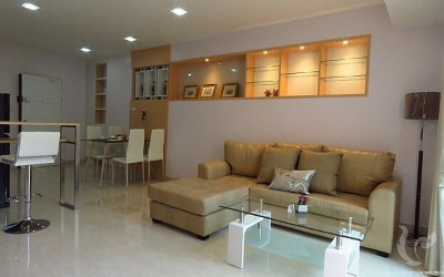 2 Bedrooms Condo for Rent (Riverside, Chiang Mai)