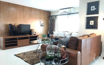 Lanna Contemporary Condo For Rent