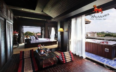 Sky Roof Jacuzzi Suite (Muang Chiang Mai)
