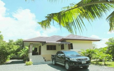 Resort style house with spacious land for rent (Saraphi, Chiang Mai)