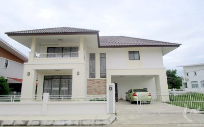 CH-V-3bdr-45, Large house for rent of 200 sqm,