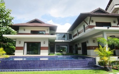 CH-V-4bdr-34, Luxurious House For Sale in Mae Rim.