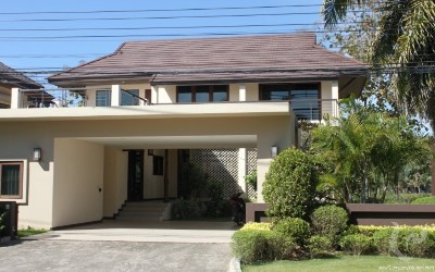 Gorgeous house for rent in Mae Rim close to golf course