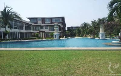 Condominium de luxe.