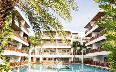 Beautiful beach front condominium