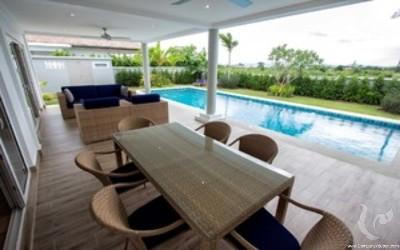 Luxury villa 3 bedrooms & 3 bathrooms