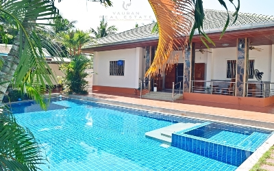 Beautiful pool villa in Hua Hin Center