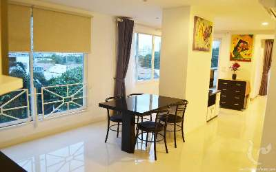 PA-C187-1bdr-1, Large one bedroom apartment in the heart of Jomtien, only 500m from the beach