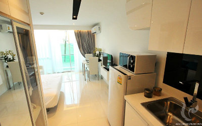 PA-C38-0bdr-4, Studio in the heart of Pattaya