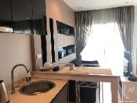 Kitchen and living roonm