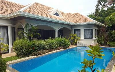Exclusive villa pool residence in Jomtien