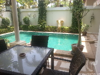 1 bdr Villa for short-term rental  Pattaya - Pratumnak