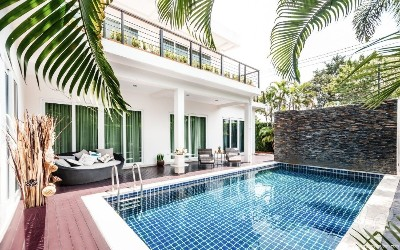 Two-storey five-bedroom luxury pool villas on the south of Pattaya