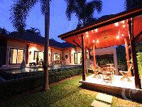 2 bdr Villa for short-term rental  Phuket - Naiharn