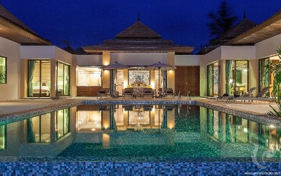 One-storied Three-Bedroom Luxury Villa with Private pool