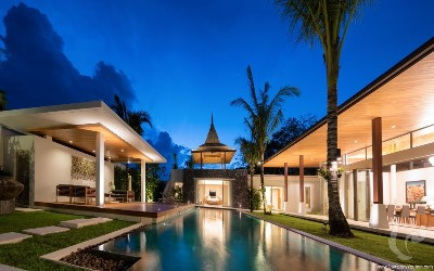 High Quality Villa and truly stunning Balinese style pool villa