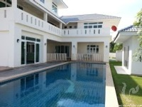 3 bdr Villa for rent in Pattaya - Na Jomtien