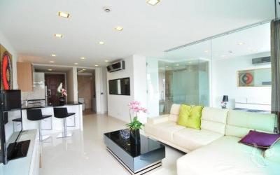 Grand appartement de deux chambres dans un beau quartier résidentiel