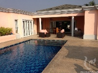 4 bdr Villa for rent in Pattaya -