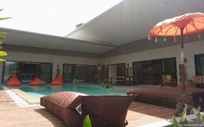 Modern Balinese Pool Villa