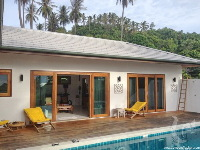 Terrace+pool