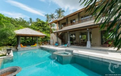 Spacious modern 4 Bedroom villa