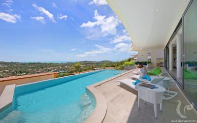5 stars luxury villa